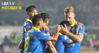 Persib Bandung vs Semen Padang 1-1 Highlights