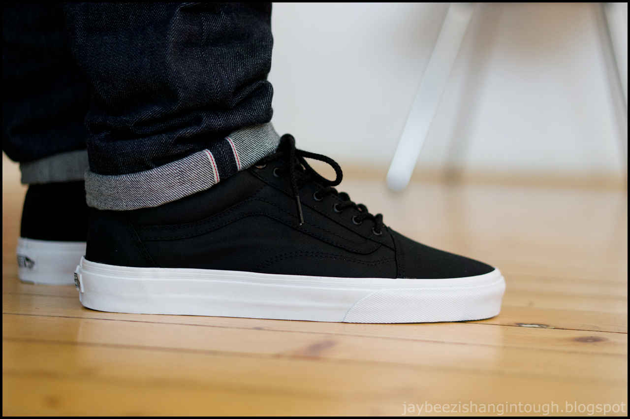 a10cbe88b1 Buy vans authentic black on feet   OFF44% Discounts