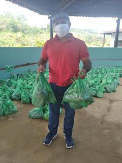 Em Pilõezinhos Tõ Justo esteve acompanhado entrega de produtos alimentícios  em parceria entre a prefeitura e governo do Estado