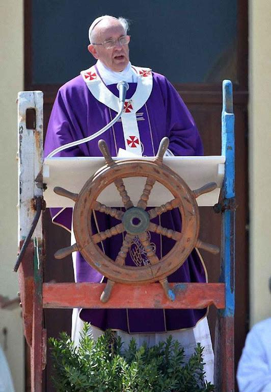 Em Lampedusa, 08-07-2013, o Papa Francisco I fez uma increpação contra a Europa que soou como um convite às invasões massivas islâmicas.