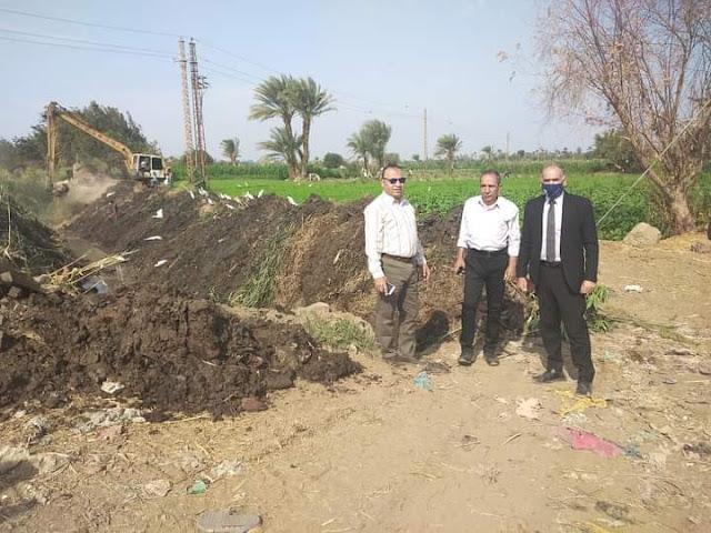 تعاون مشترك بين الزراعة والري لتطهير المجارى المائية وإزالة الحشائش لكافة المصارف