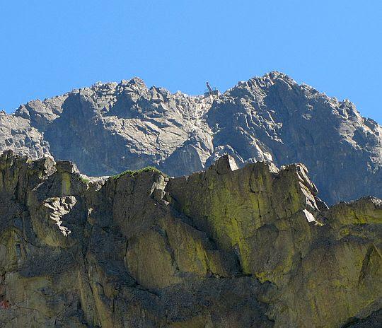 Łomnica (słow. Lomnický štít, niem. Lomnitzer Spitze, węg. Lomnici-csúcs; 2634 m n.p.m.).
