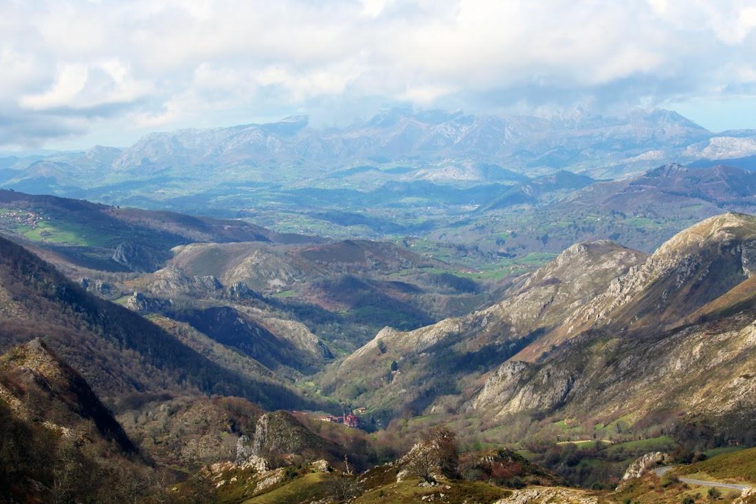 Covadonga Ascenso a los lagos