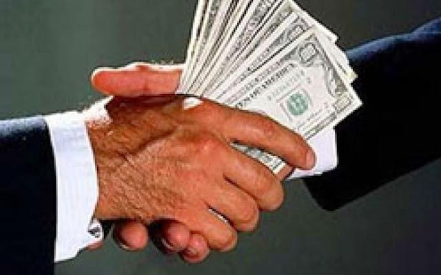 Resultado de imagem para foto corrupção em eleição