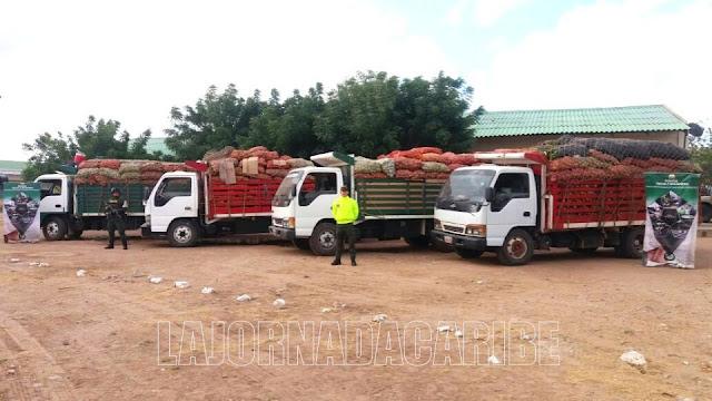 Policía coordina caravanas nocturnas entre Riohacha y Maicao para transporte de carga