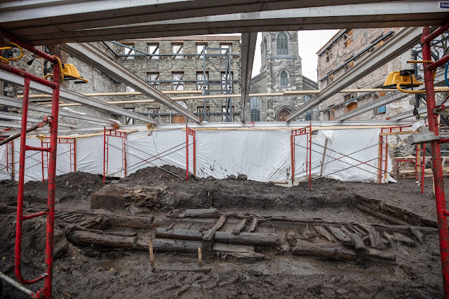 325-year-old wood palisade discovered in Quebec City