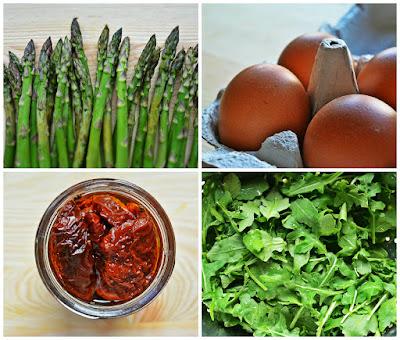 Frittata ze szparagami, rukolą i suszonymi pomidorami - składniki