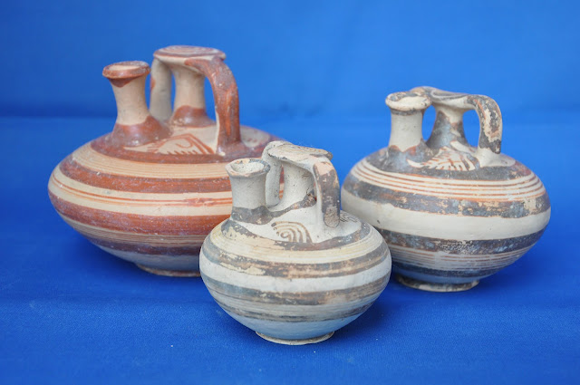 Two unlooted Mycenaean chamber tombs unearthed in southern Greece