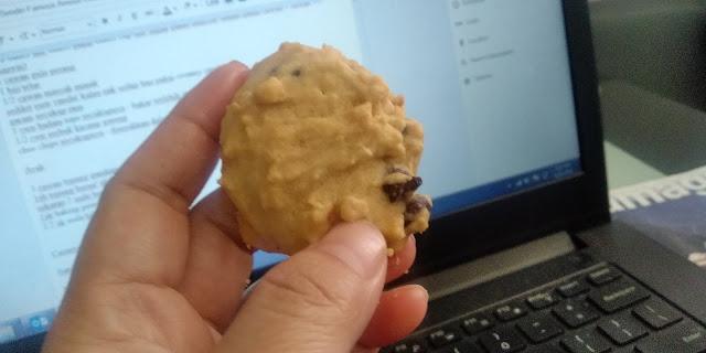 Buat Sendiri Famous Amous Cookies, Lagi Sedap Letak Kacang Banyak-Banyak