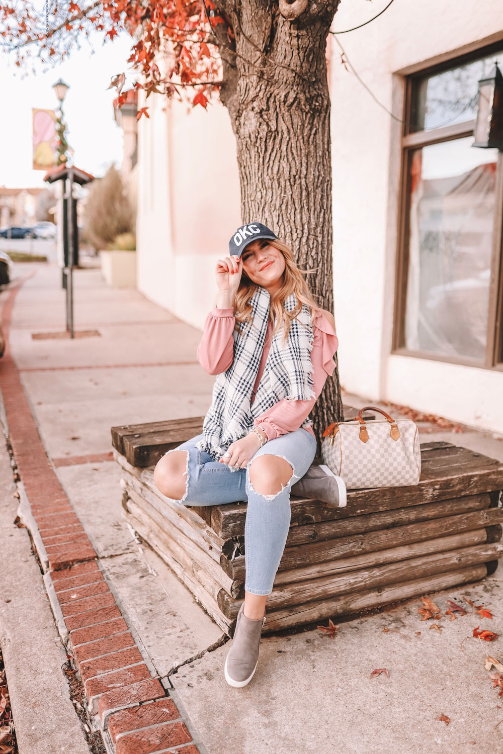 OKC Blogger Amanda's OK sports an OKC cap and a blanket scarf in the Paseo district