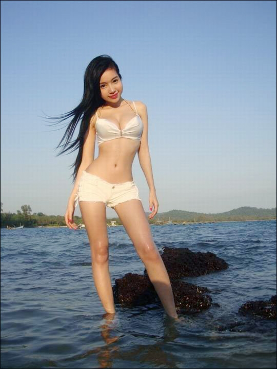 Elly Tran Photo White Bikini At Beach - Beautiful Sexy -6144