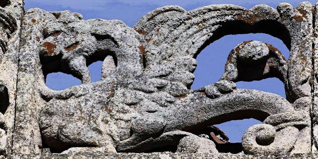 Grifería del palacio de Golfines de Abajo en Cáceres