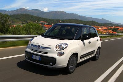 Small Family MPV Review: Ford B-Max vs. Fiat 500L
