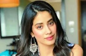 Jhanvi Kapoor wiki, biography, family, boyfriend and facts