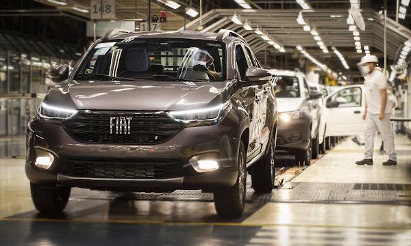 Fiat Strada 2022 - linha de produção em Betim (MG)