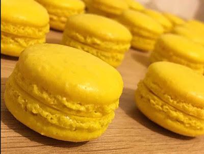 Receta de los macarons rellenos de limón tipico en la reposteria francesa, muy facil a realizar