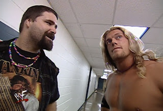 WWE / WWF - Fully Loaded 2000 -  Edge and Mick Foley talk backstage