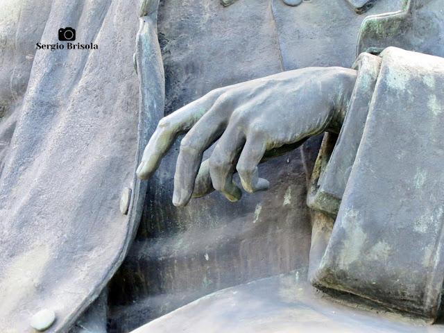 Escultura Ramos de Azevedo - Monumento a Ramos de Azevedo (detalhes)