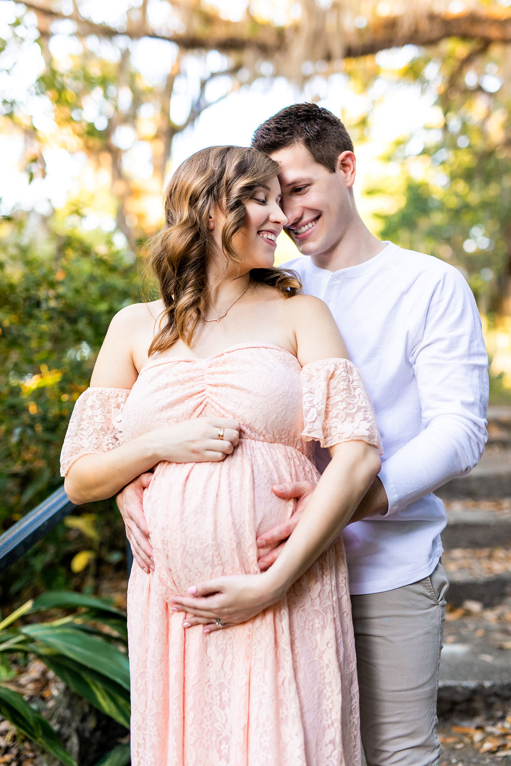 couple maternity photos