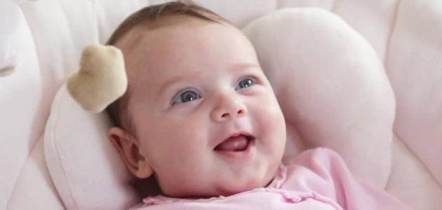 مراحل نمو الطفل من عمر يوم