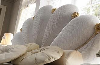Mobila dormitor italiana - Mobila clasica alba | Paturi tapitate dormitoare de lux