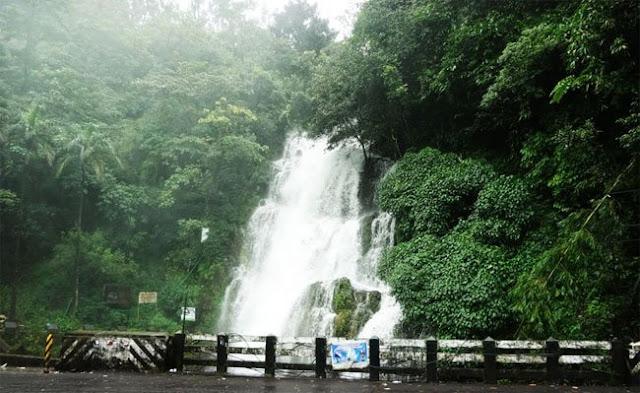 Valanjanganam Falls