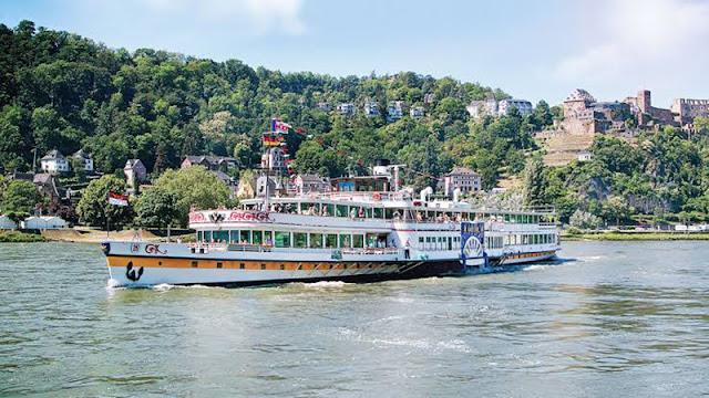 Passeio de barco em Frankfurt