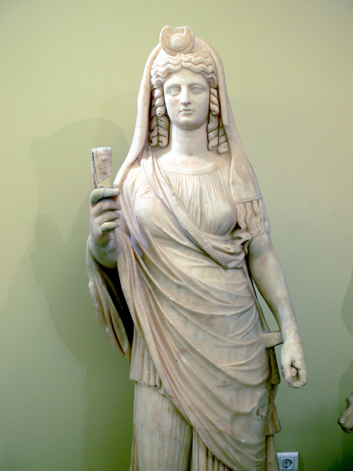 demeter greek goddess statue - photo #8
