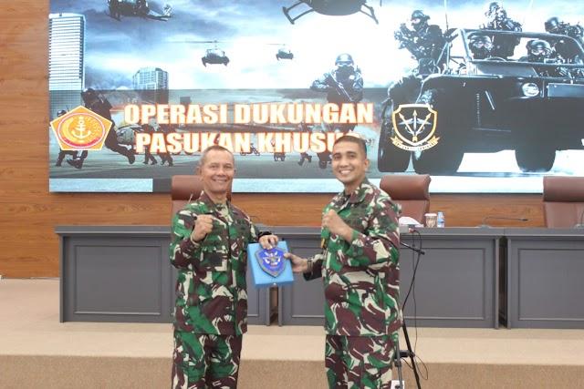 Dankoopssus TNI Beri Pembekalan Aplikatif Tentang Dukungan Pasukan Khusus kepada Pasis Sesko TNI