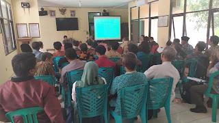 DPMD Kabupaten Cirebon Sosialisasi Penjaringan Pilwu Pada Ketua Panitia Desa