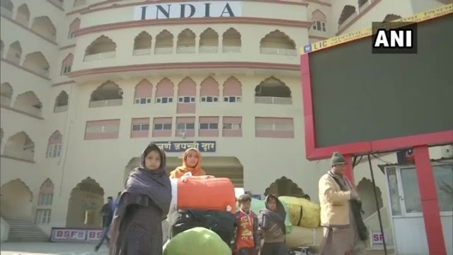 50 Hindus families from Pakistan arrive for holy dip in Haridwar, desire to live in India
