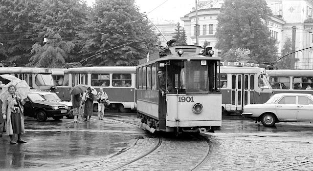 Ретро-трамвай на улицах Риги