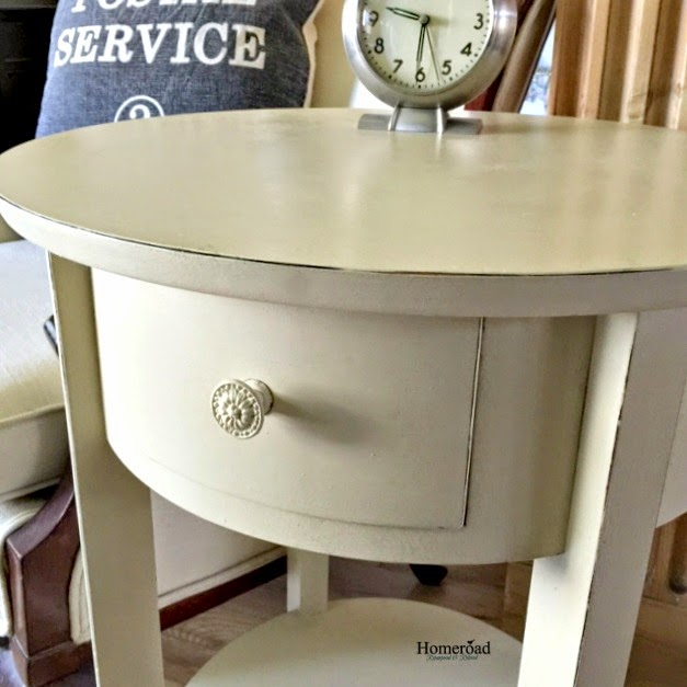 A Quick and Easy Table Makeover www.homeroad.net