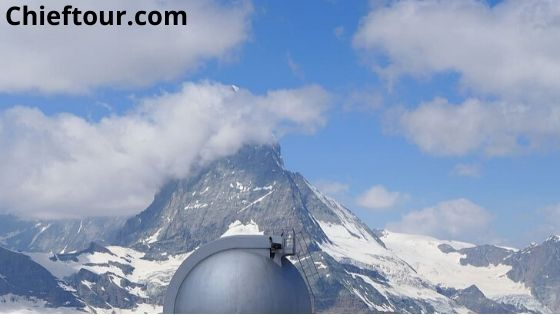 Importance of tourism in Switzerland for Country's economy: