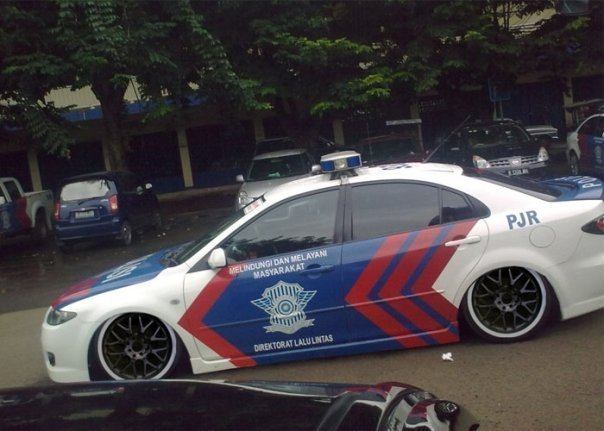 Monster Bego: Kontes Mobil Polisi Modifikasi Indonesia