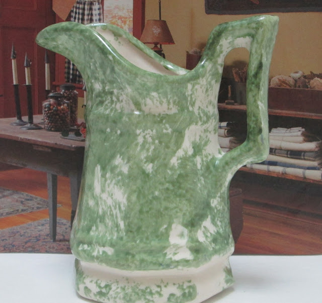 Vermont Sponged Pitcher P & P Fuller Last Stand of The Yankees -Green and White