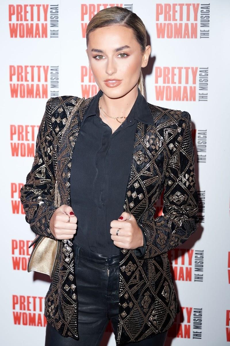Amber Davies Clicks at Pretty Women Press Night in London 2 Mar-2020