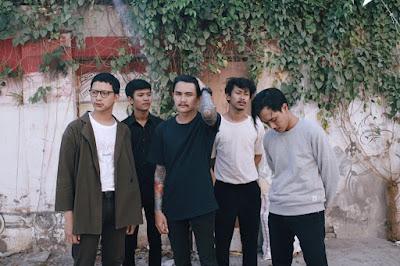 """""""Compass"""", Sebuah Hasil Elaborasi Musik dari Band Asal Semarang VICE VERSA!"""