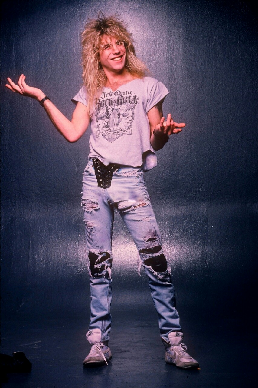 Mikey 39 s blog of awesomeness and astute observations axl for Stufe adler