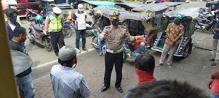 Cegah Covid-19, Satlantas Polres Pelabuhan Makassar berikan Imbauan ke Warga
