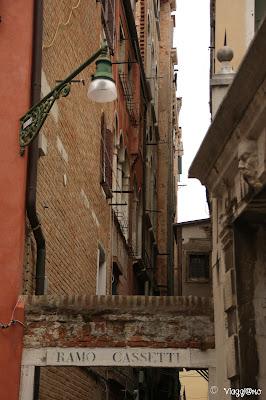 Scorci di abitazioni nel sestiere di San Polo
