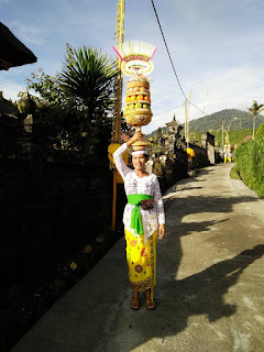 Balinese women in Bali and tradition