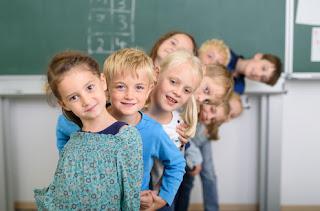 7 Inspirasi Metode Mengajar Unik Agar Kelas Menyenangkan dan Tidak Membosankan