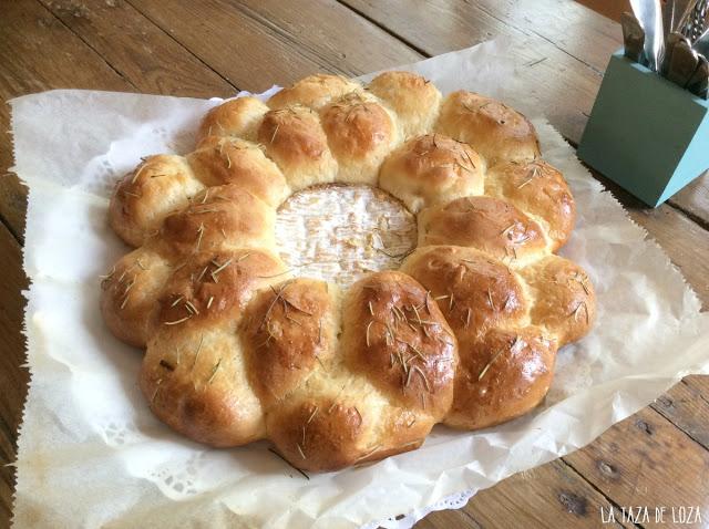 corona-de-pan-con-queso-cambembert