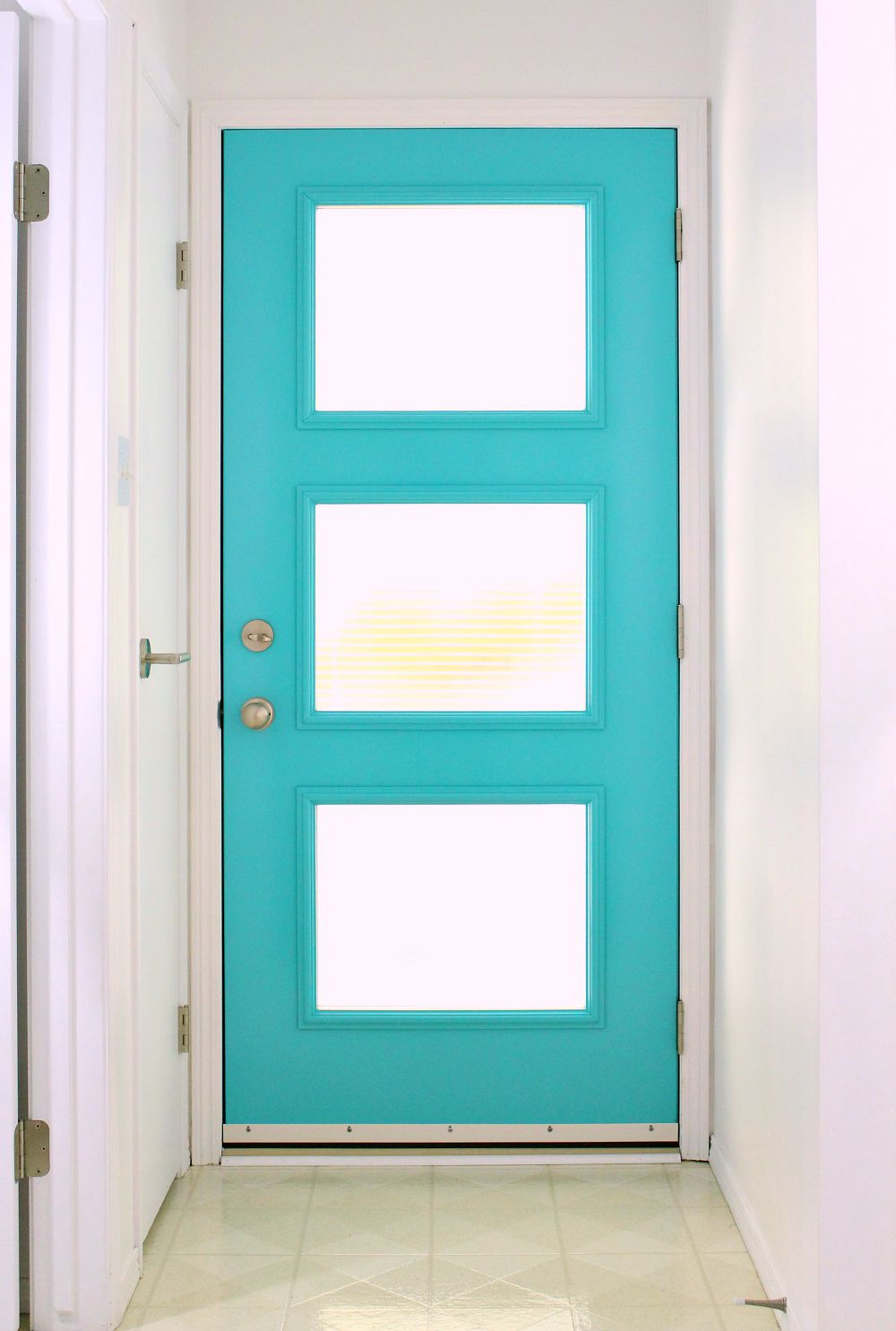 Work with me dans le lakehouse - Mid century modern doors ...