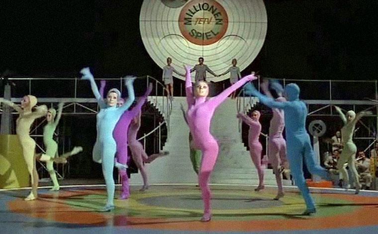 Tänzerinnen und Tänzer in DAS MILLIONENSPIEL (1970) von Tom Toelle. Quelle: DVD Screenshot (skaliert)
