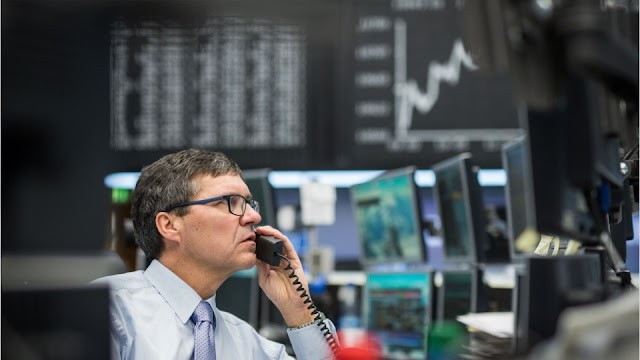 Why you should use a Fund Manager in a Declining Fixed Income Yield Environment