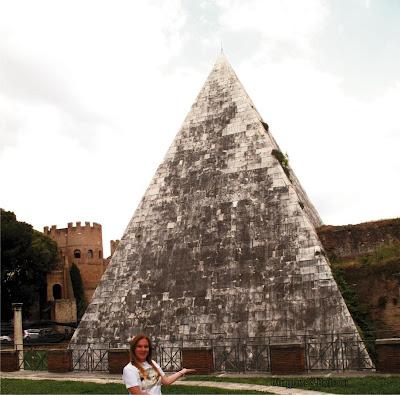 Pirâmide de Caius Cestius