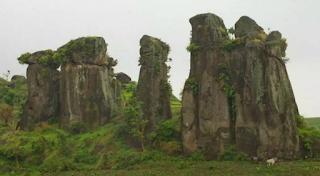 Wisata Batu So'on Megalitikum Kabupaten Bondowoso