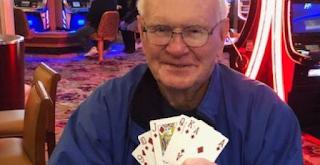 Διπλή χαρά: Η γυναίκα του «νίκησε» τον καρκίνο, εκείνος κέρδισε 1 εκατ. δολάρια -Μέσα σε δύο ημέρες